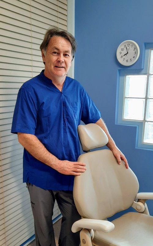 PETER DE VILLIERS (Registered Dental Prosthetist)